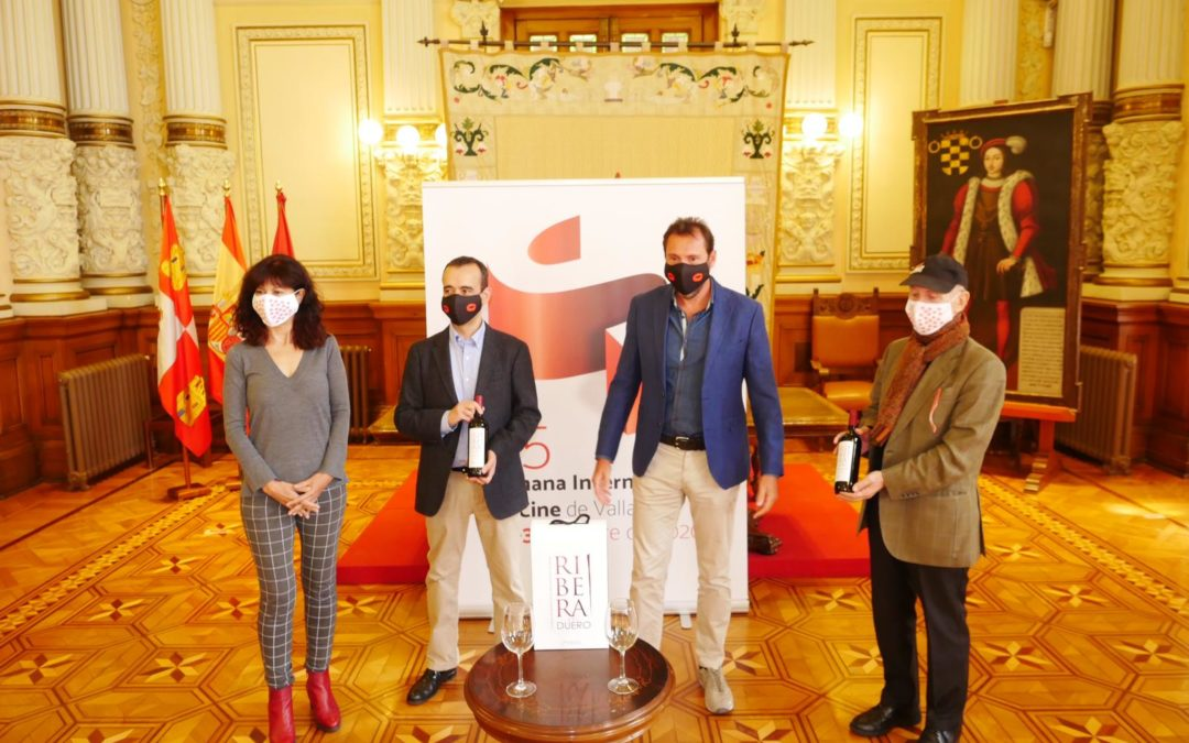 Enoturismo Pueblos de la Ribera del Duero: Ribera del Duero vino oficial de SEMINCI