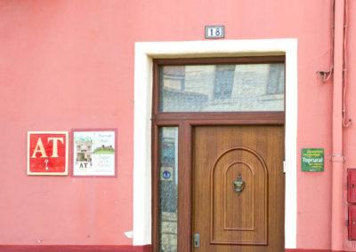 Puerta de Casa Rural